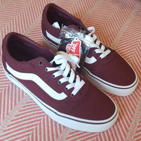 af920edc2f8d7 Vans Ward Lo Sneaker